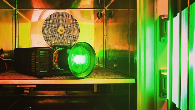 norxe-projector-lamp